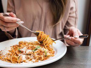 Fleischnudeln Pasta Spaghetti iStock689346606 web