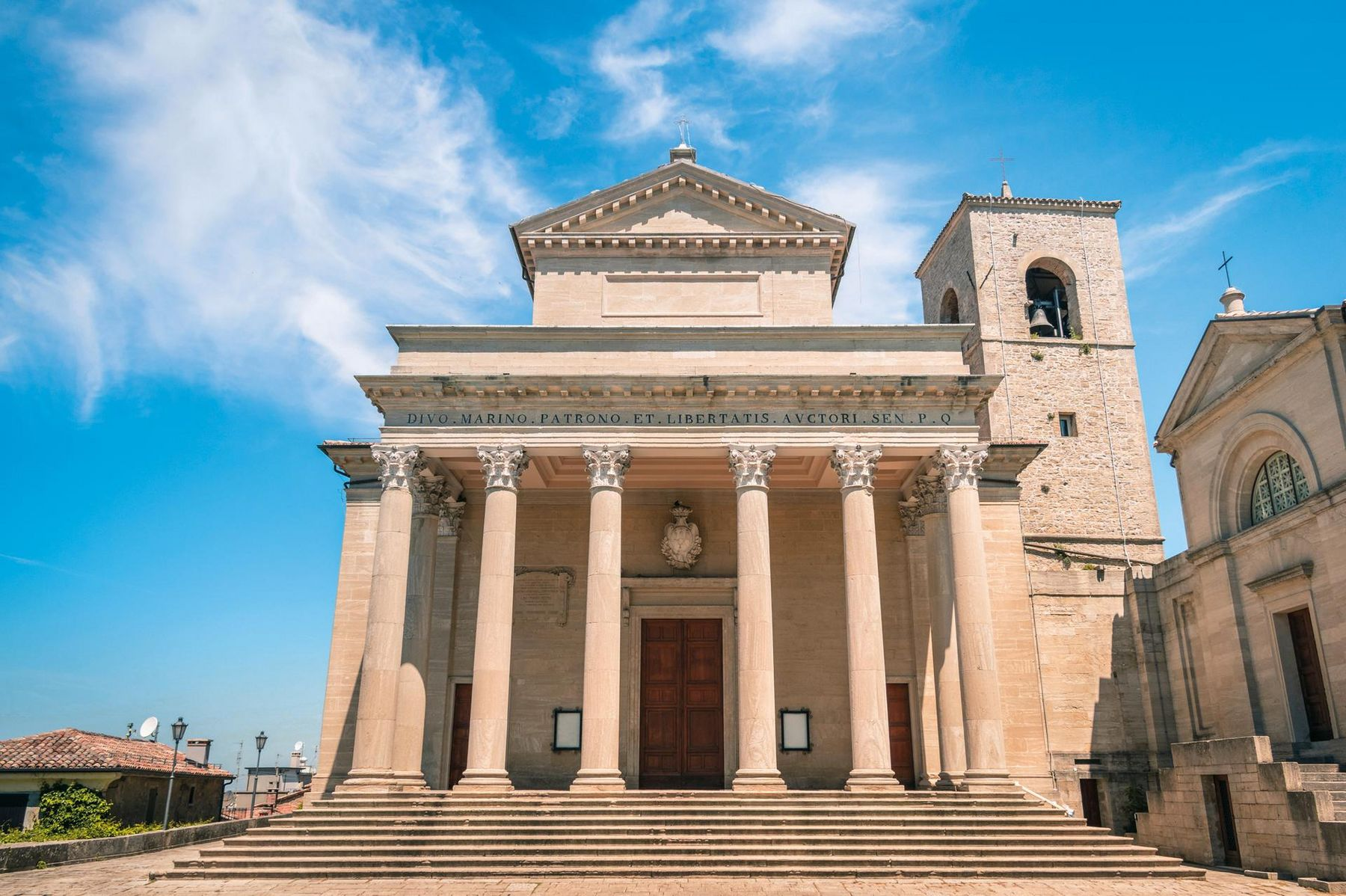 Rimini kirche san marino klein RGB